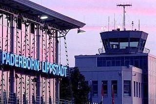 1200 kostenlose Parkplätze am Airport Paderborn